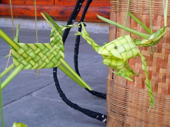 艺术家在民间 粽叶创意编织的小动物; 珠子编织小动物教程图片_珠子